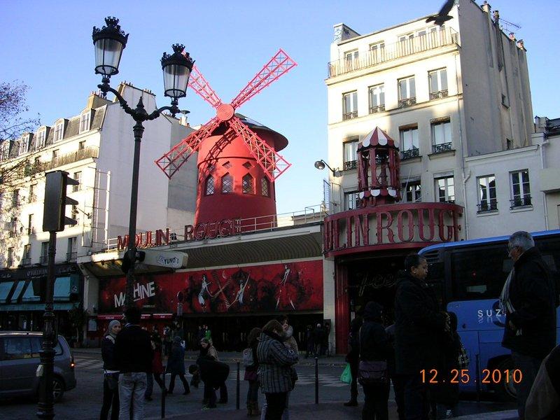 moulin_rouge_2.jpg