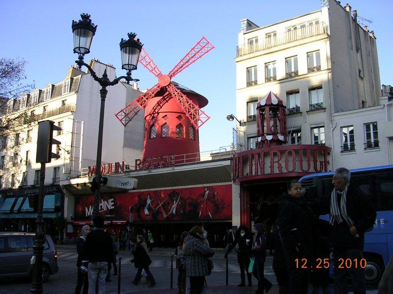 moulin_rouge_3.jpg